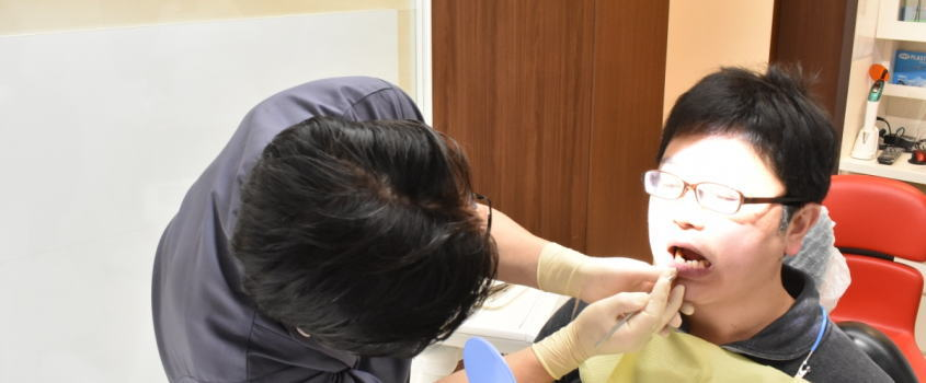 春日原駅前歯科医院で歯ぐきの改善状況を確認しました